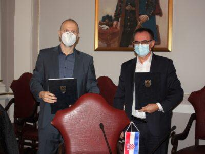 Potpisan ugovor s Arrivom za prijevoz učenika i studenata na relaciji Požega-Osijek
