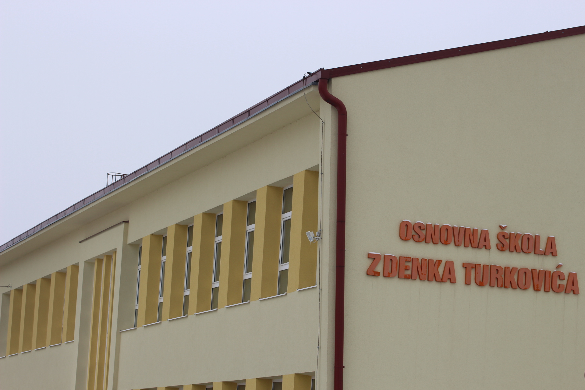 Škola Kutjevo